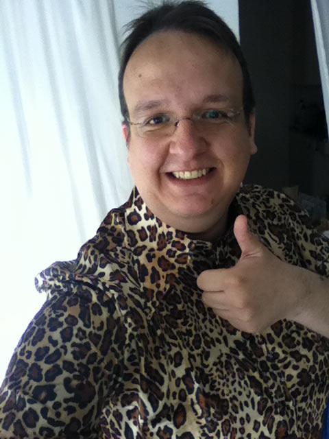 blogger relations hostpoint leopard 5 - Hostpoint, eine erfolgreiche Blogger-Relations und ein Kulthemd