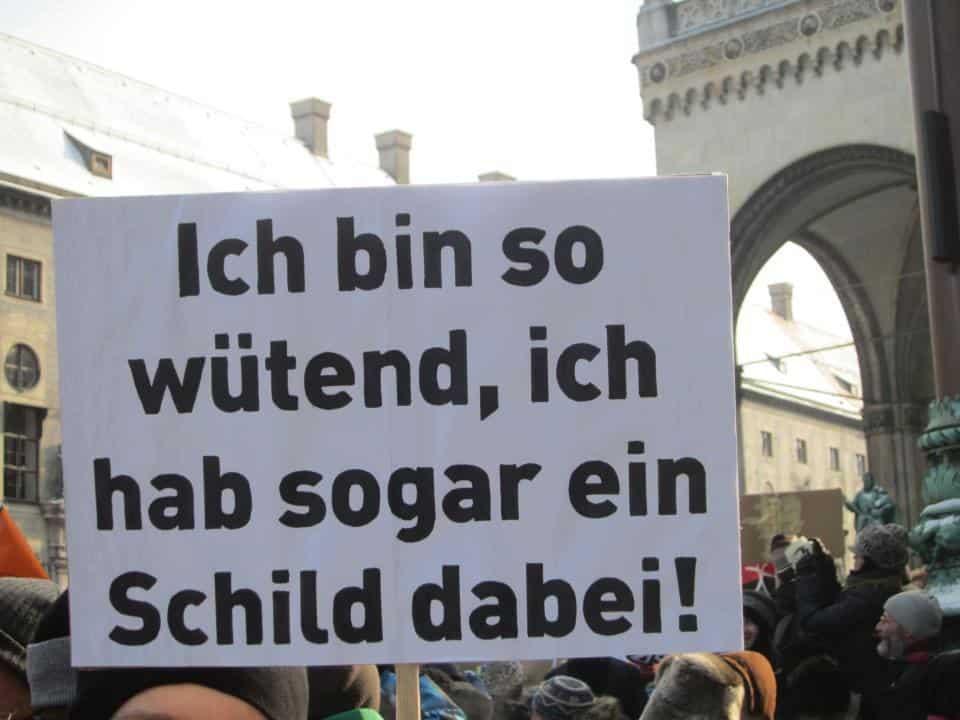 Der Detailhandel in der Schweiz fordert ein sofortiges Verbot des Internets